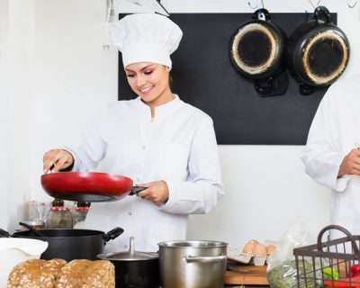 SIT30816 Certificate III in Commercial Cookery (International)